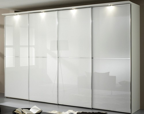 Staud Sinfonie Plus Panoramaschrank weiß Glas mit Zierleiste