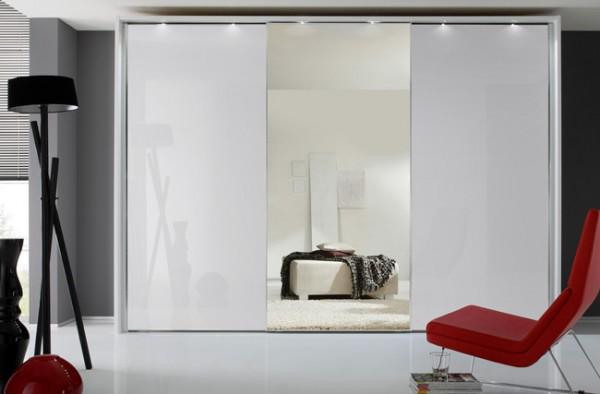 Staud Sonate Rom Schwebetürenschrank Spiegel / Glas weiß Breite 373 cm