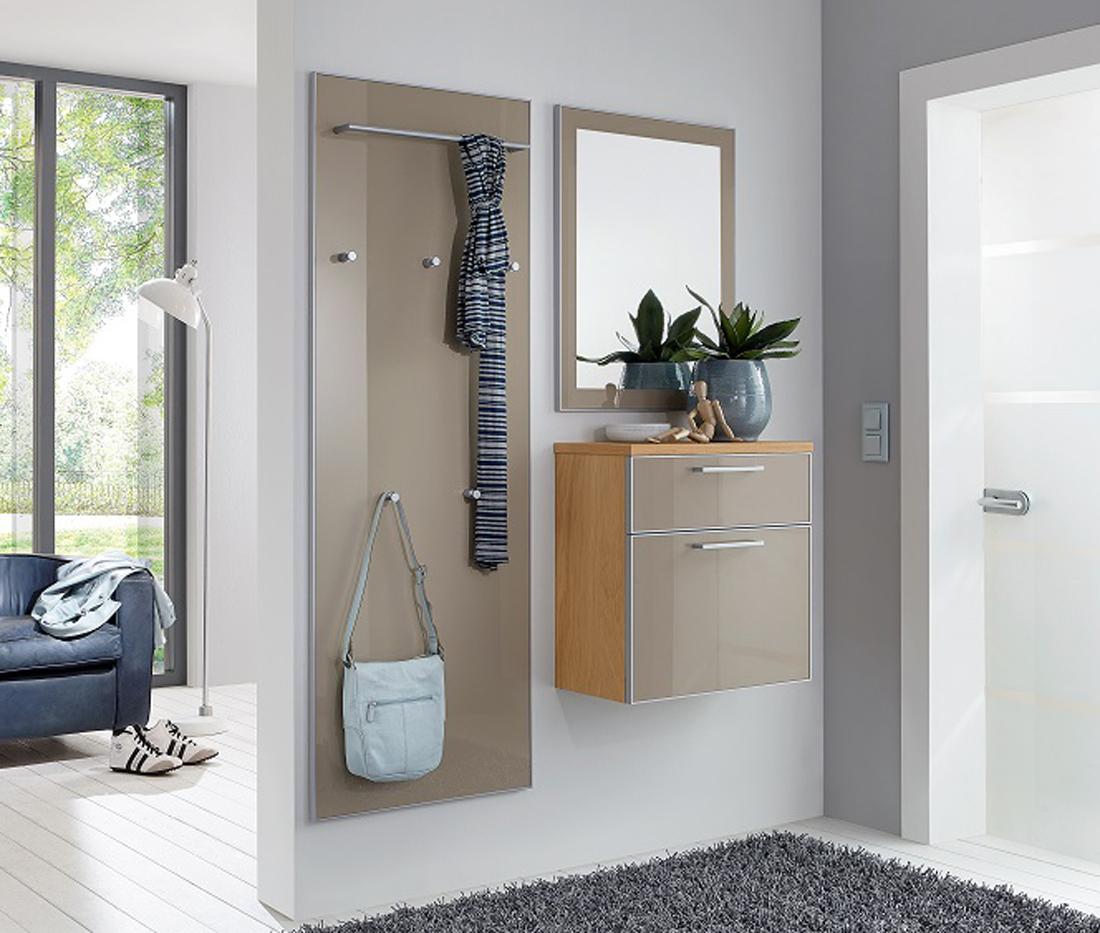 Garderobe mit glasfront haloring for Flur garderoben kleine dielen