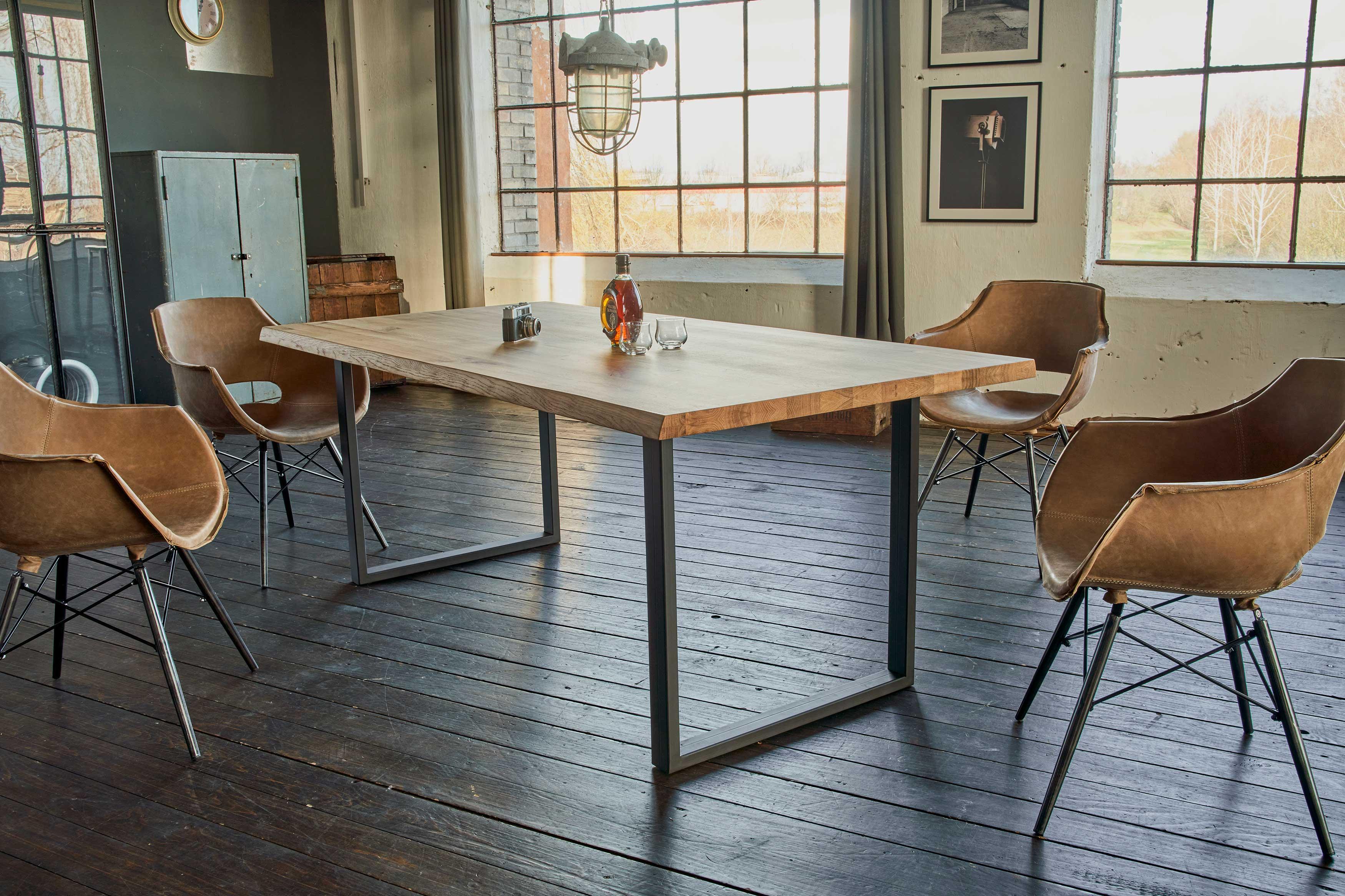 Fred Massivholztisch mit Baumkante 100x200 cm